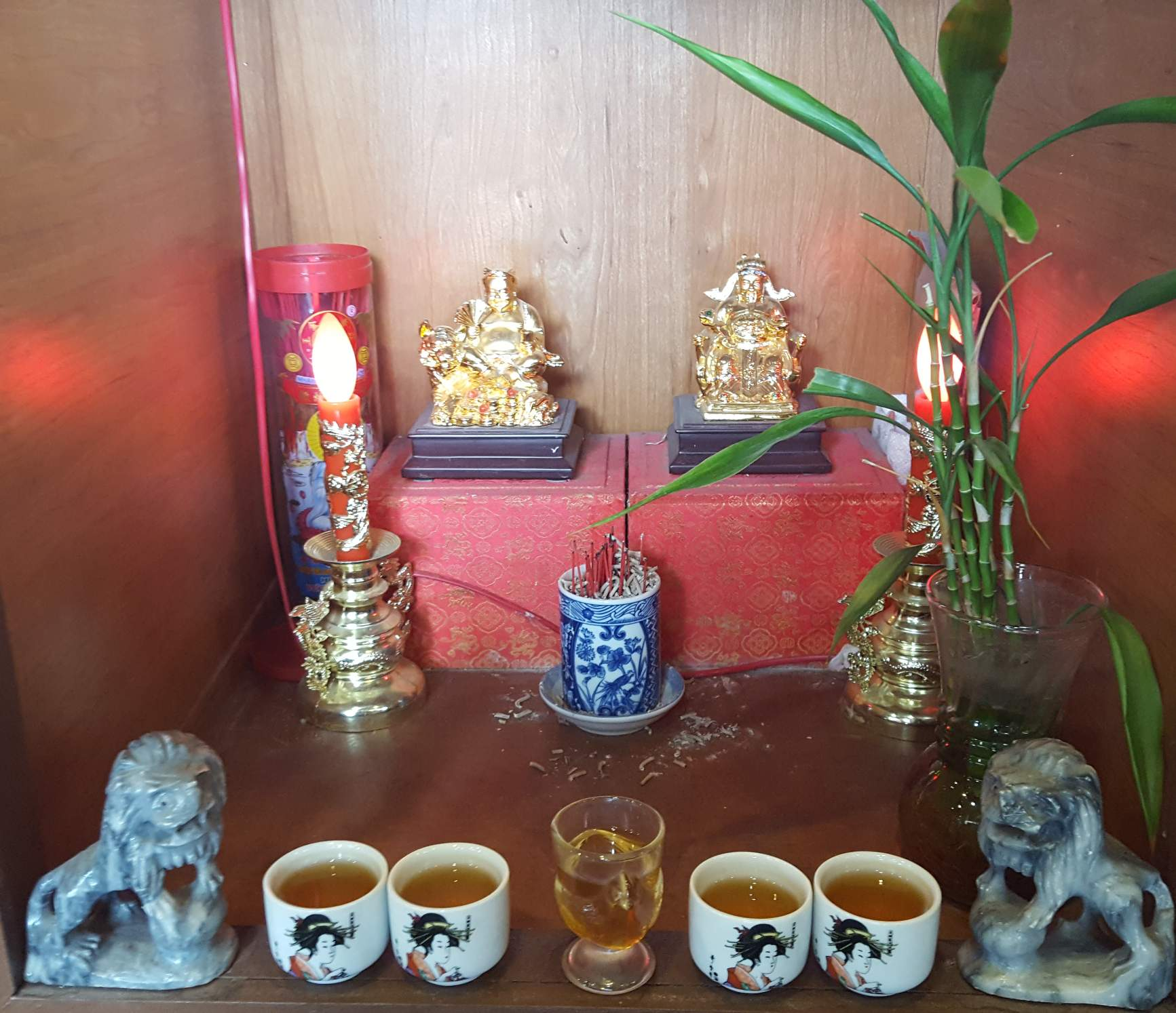 Restaurant Shrines, sights of a Dasher.